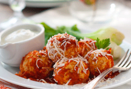 Minced chicken meatballs